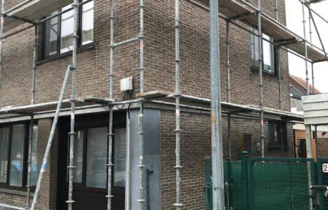 Zijgevel van appartementsgebouw renoveren te Aalst Tony Boel